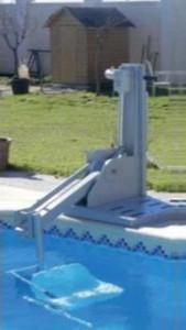 Grúa piscina precio